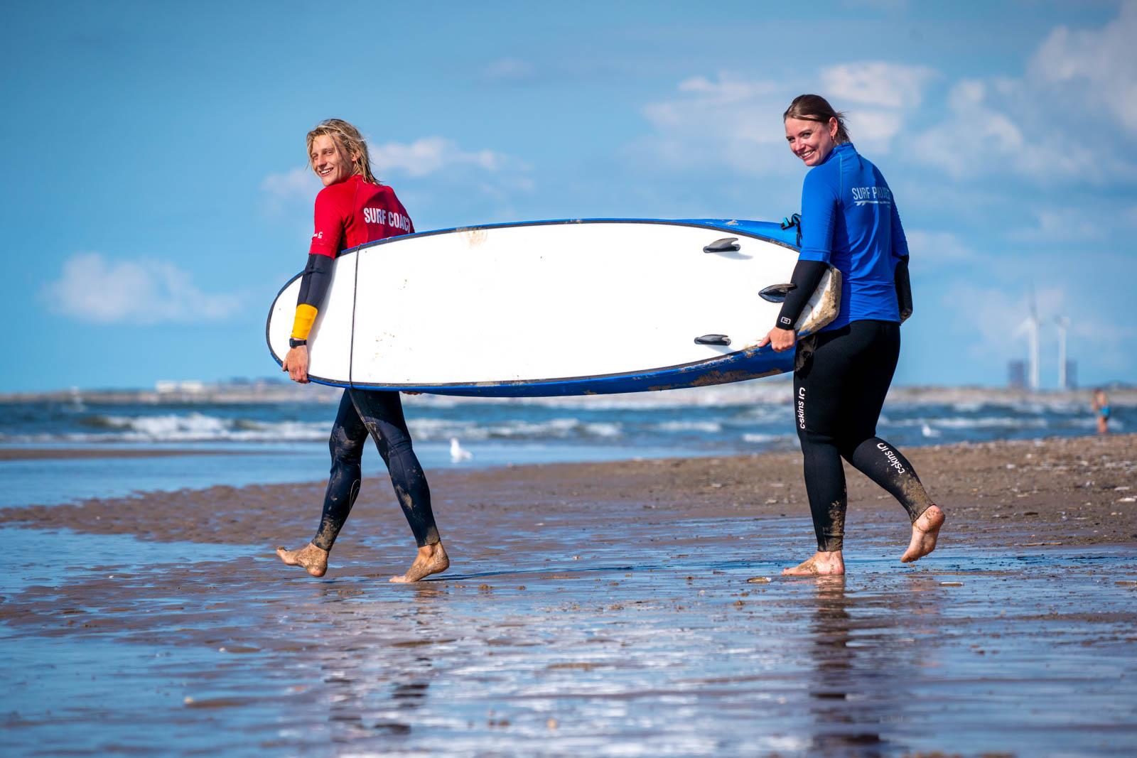 surf clinic bedrijfsuitje strand
